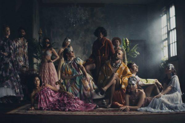 Haiku Hands release 'Fashion Model Art' video