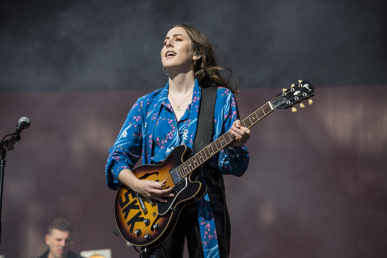 Haim bring the California sunshine to Glastonbury's Other Stage