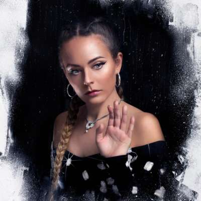 Hannah Diamond shares new song, 'True'