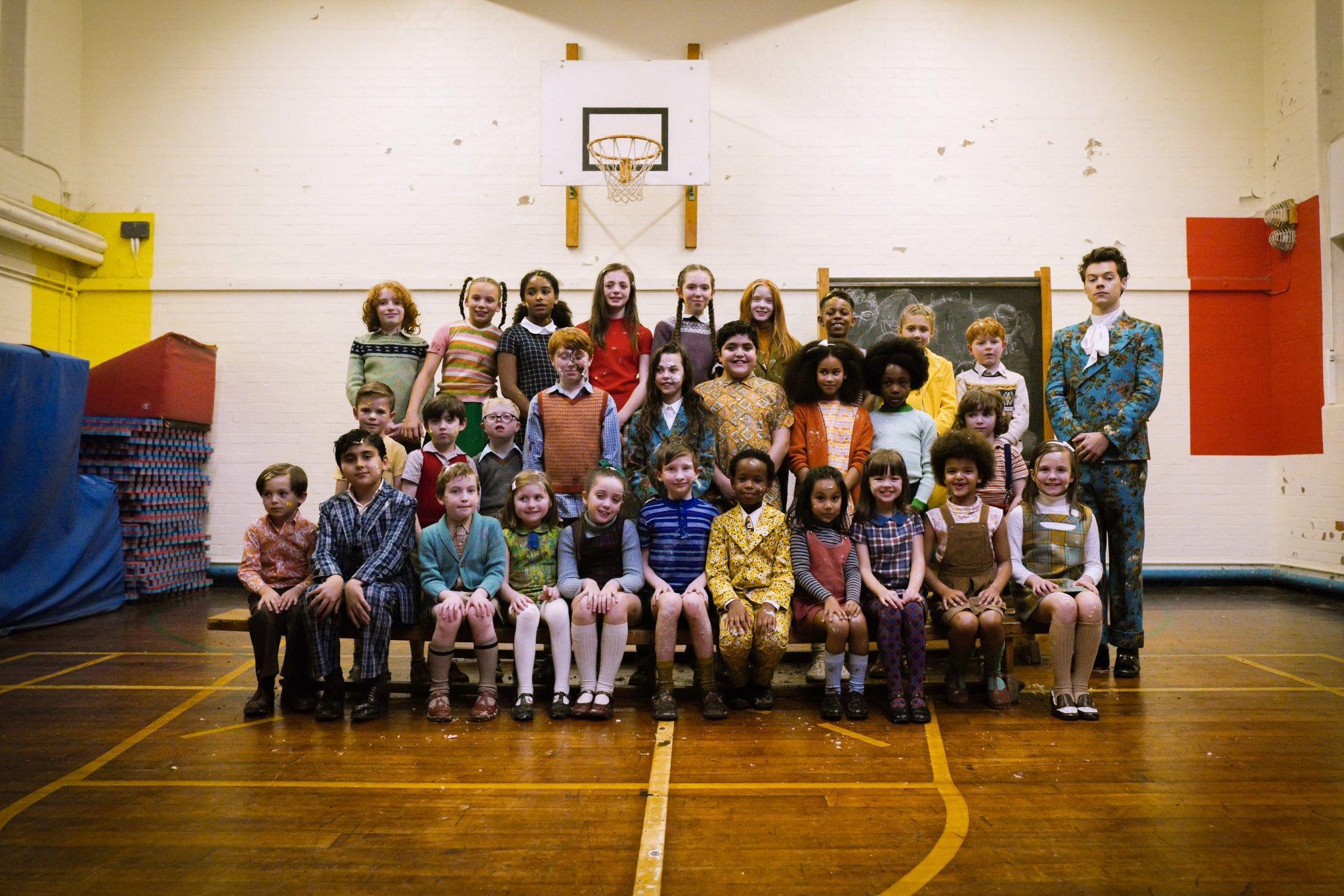 Children! Puppies! Cakes! Harry Styles shares 'Kiwi' video