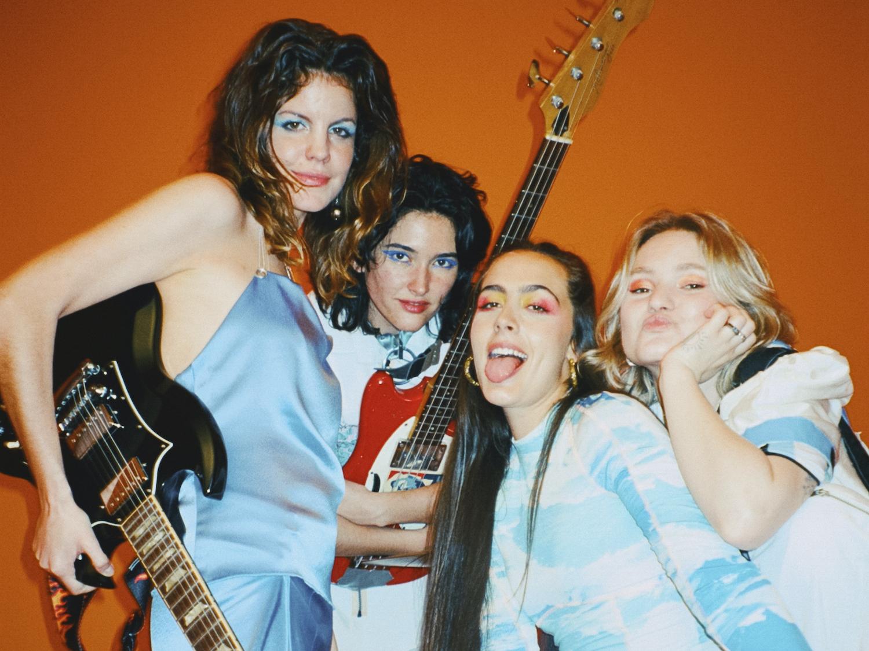Hinds reveal new track 'Just Like Kids (Miau)'
