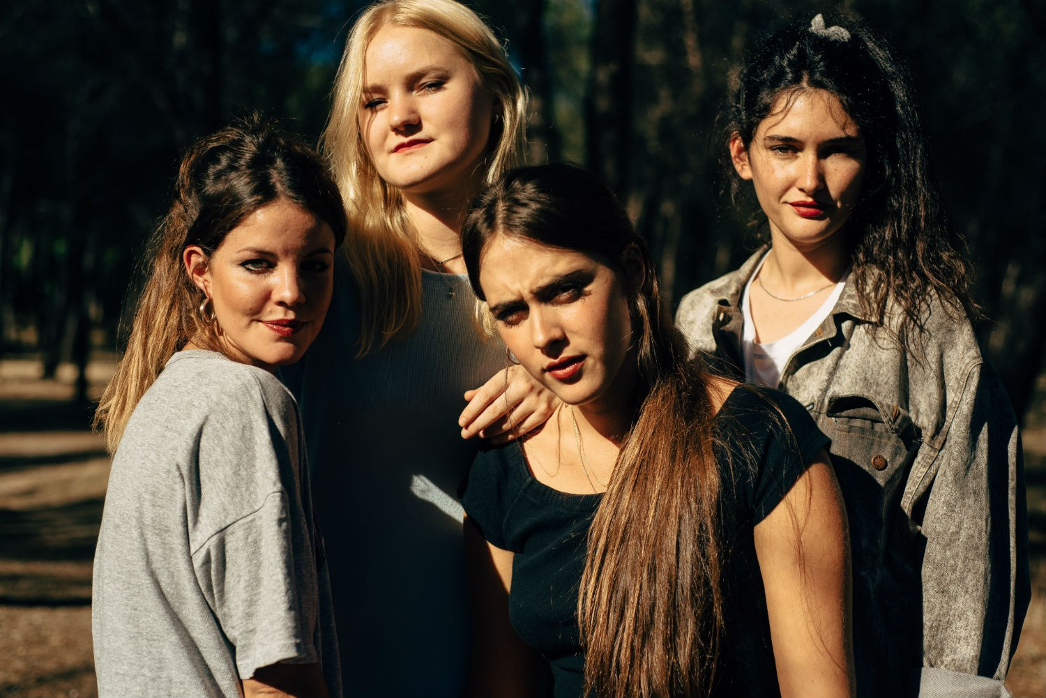 Hinds share cover of Los Nasty's 'Holograma'