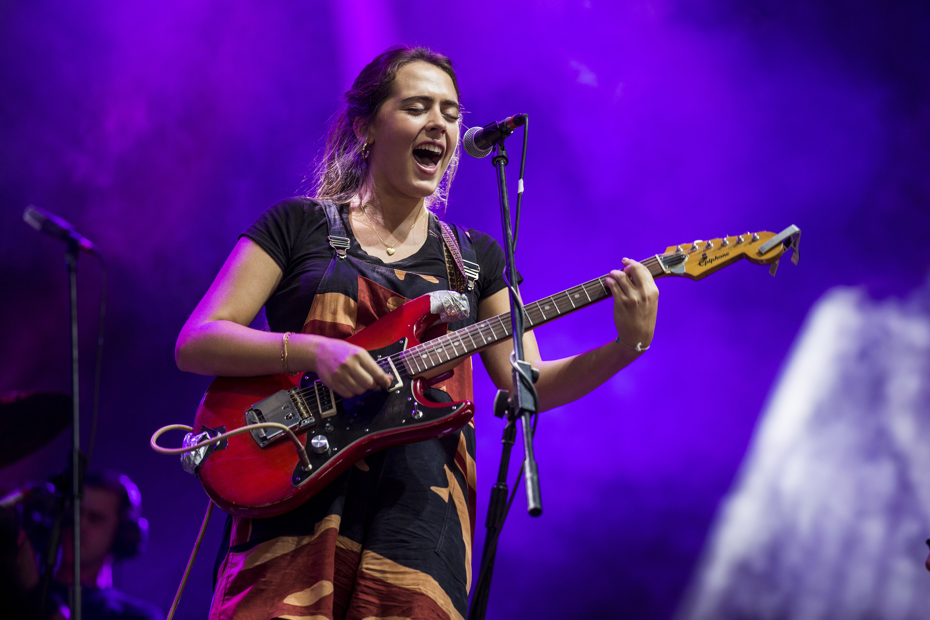 Hinds are right at home at Reading 2016