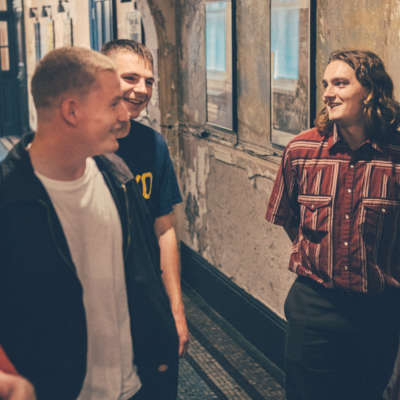 Home Counties offer up new track 'White Shirt / Clean Shirt'