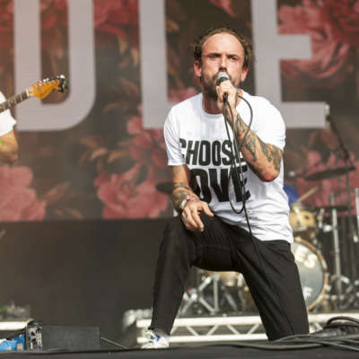 IDLES announce 2019 touring plans