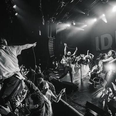 Watch IDLES play 'Television' live at Le Bataclan