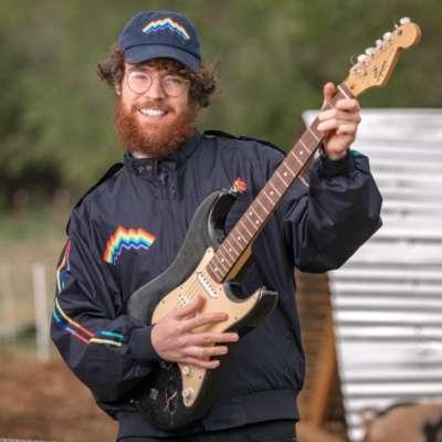 JW Francis announces new album 'Wanderkid'