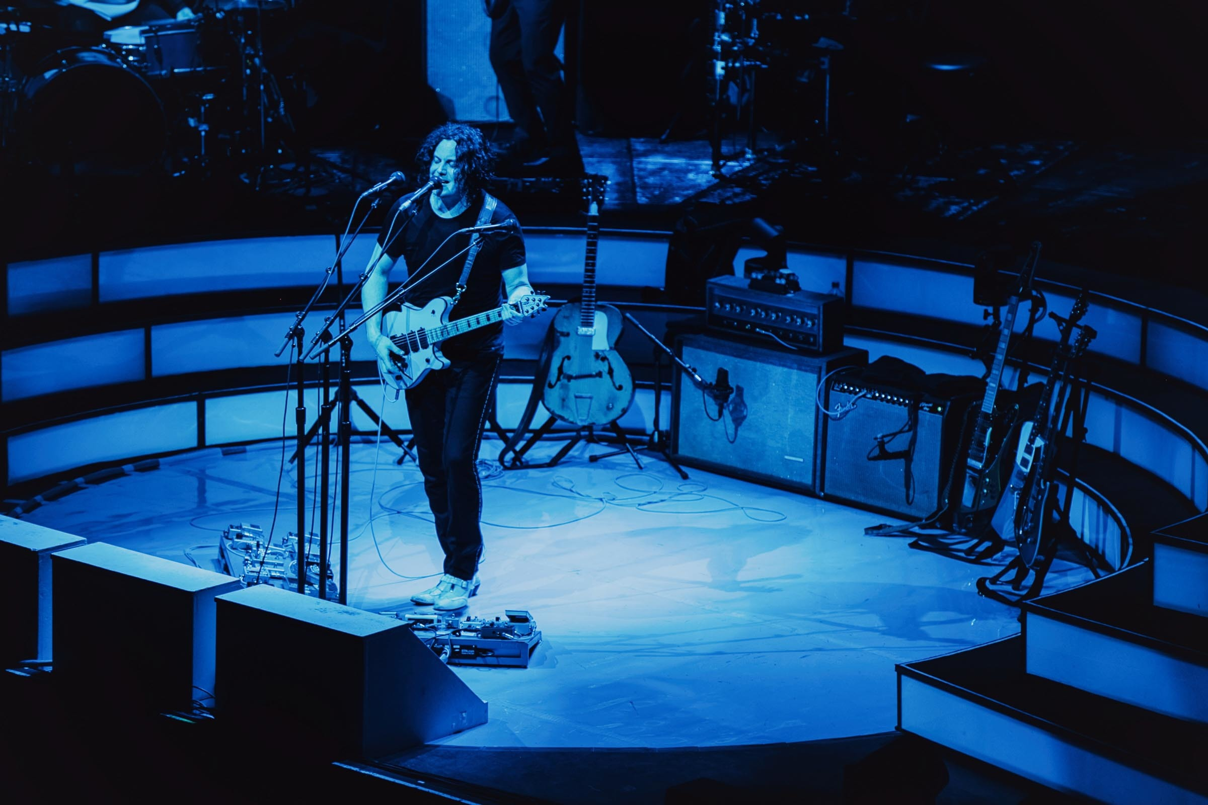 Jack White announces vinyl-only live album