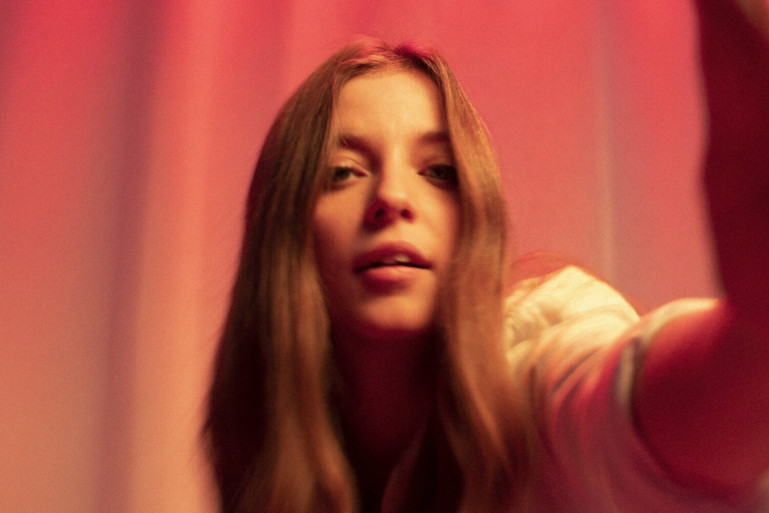Jade Bird offers up new single 'My Motto'