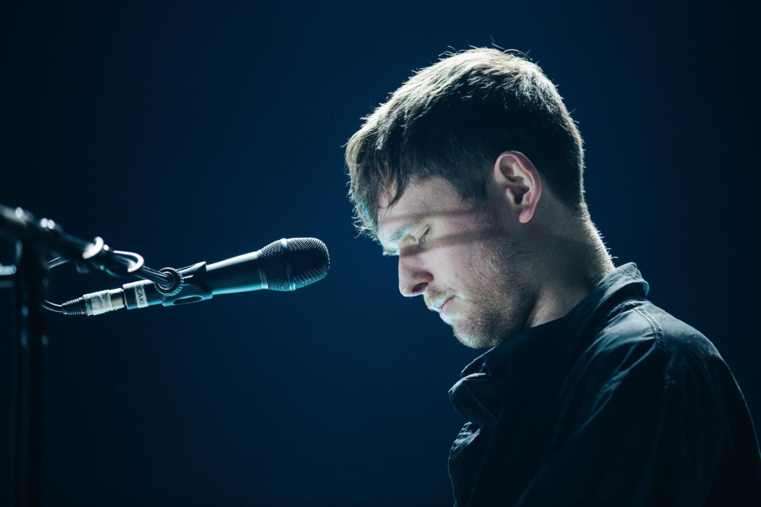 Watch James Blake perform 'I'll Come Too' live on Ellen