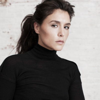 Jessie Ware performs 'Say You Love Me' on The Late Late Show