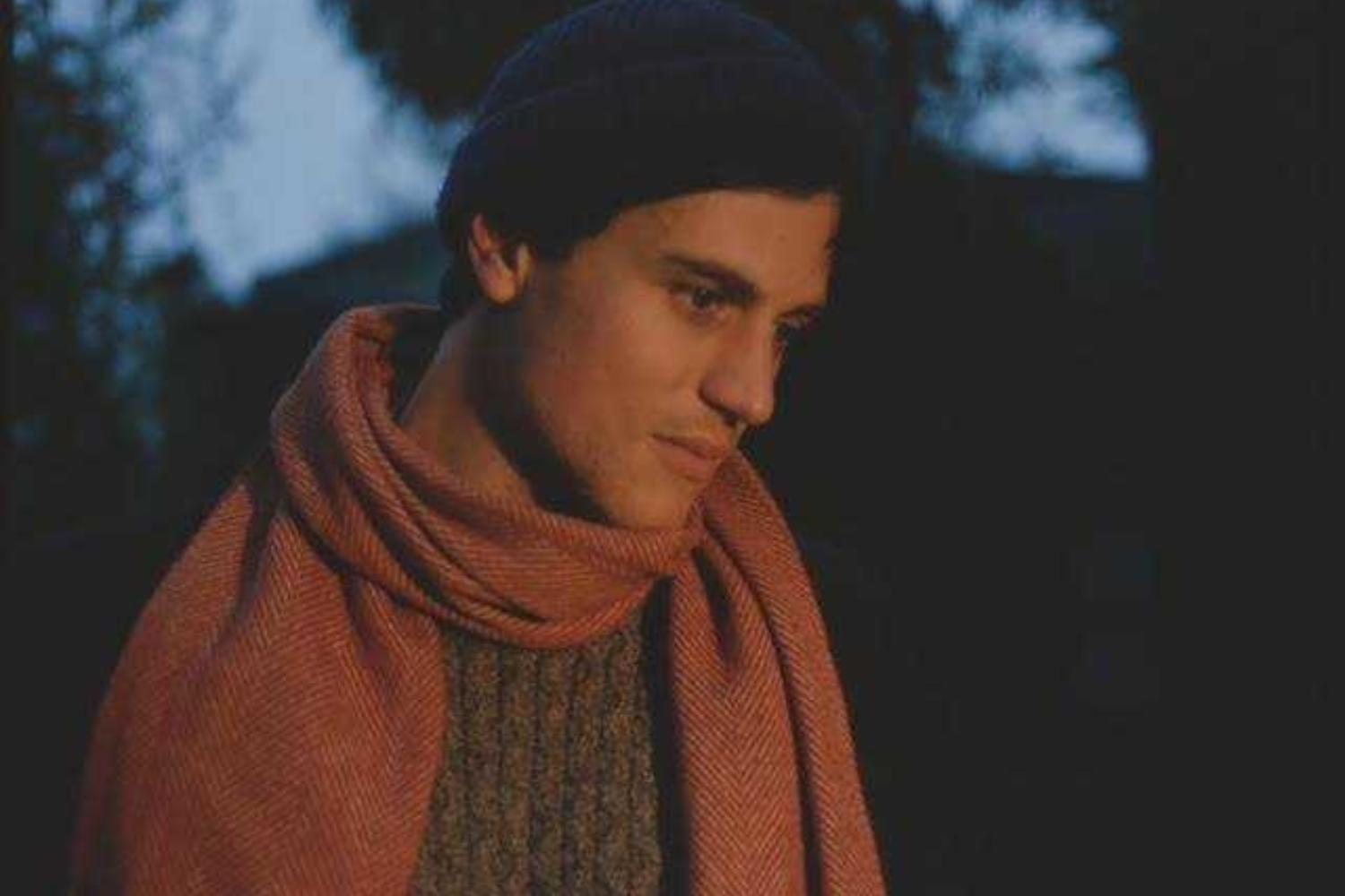 Johnny Flynn delivers stripped-back magic on 'Heart Sunk Hank'