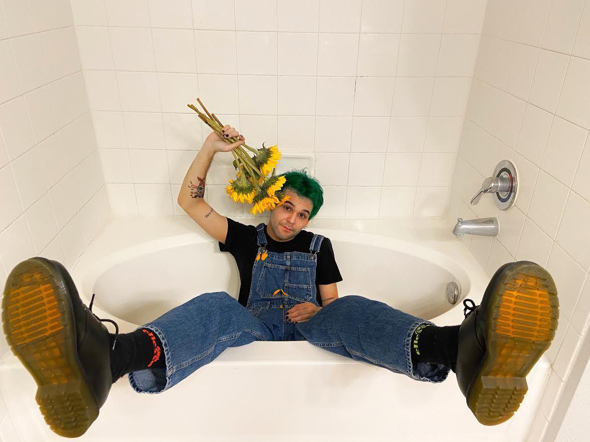 Julian Skiboat unveils new song 'Flowers'