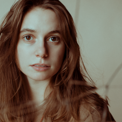Julien Baker performs 'Hardline' on Late Night with Seth Meyers