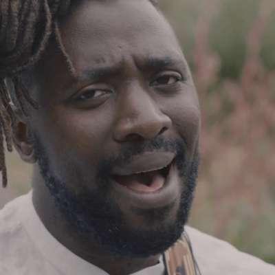 Kele Okereke shares an acoustic video for 'Do U Right'