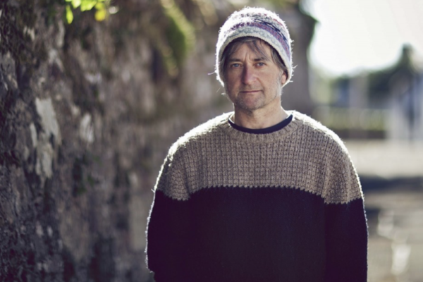 King Creosote returns with two new songs, 'Susie Mullen' and 'Walter de la Nightmare'