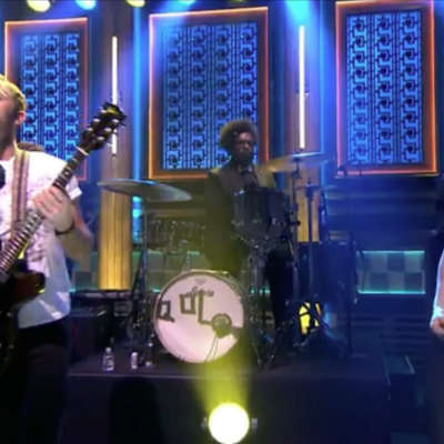 Questlove guests as Kings of Leon drummer on the Tonight Show