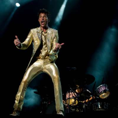 The Killers bring gold suits and theatrical showmanship to Day Two of Benicassim