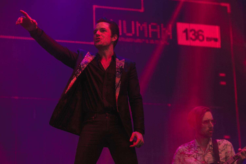 Suuuuurprise! The Killers play hit-packed Glastonbury 2017 set
