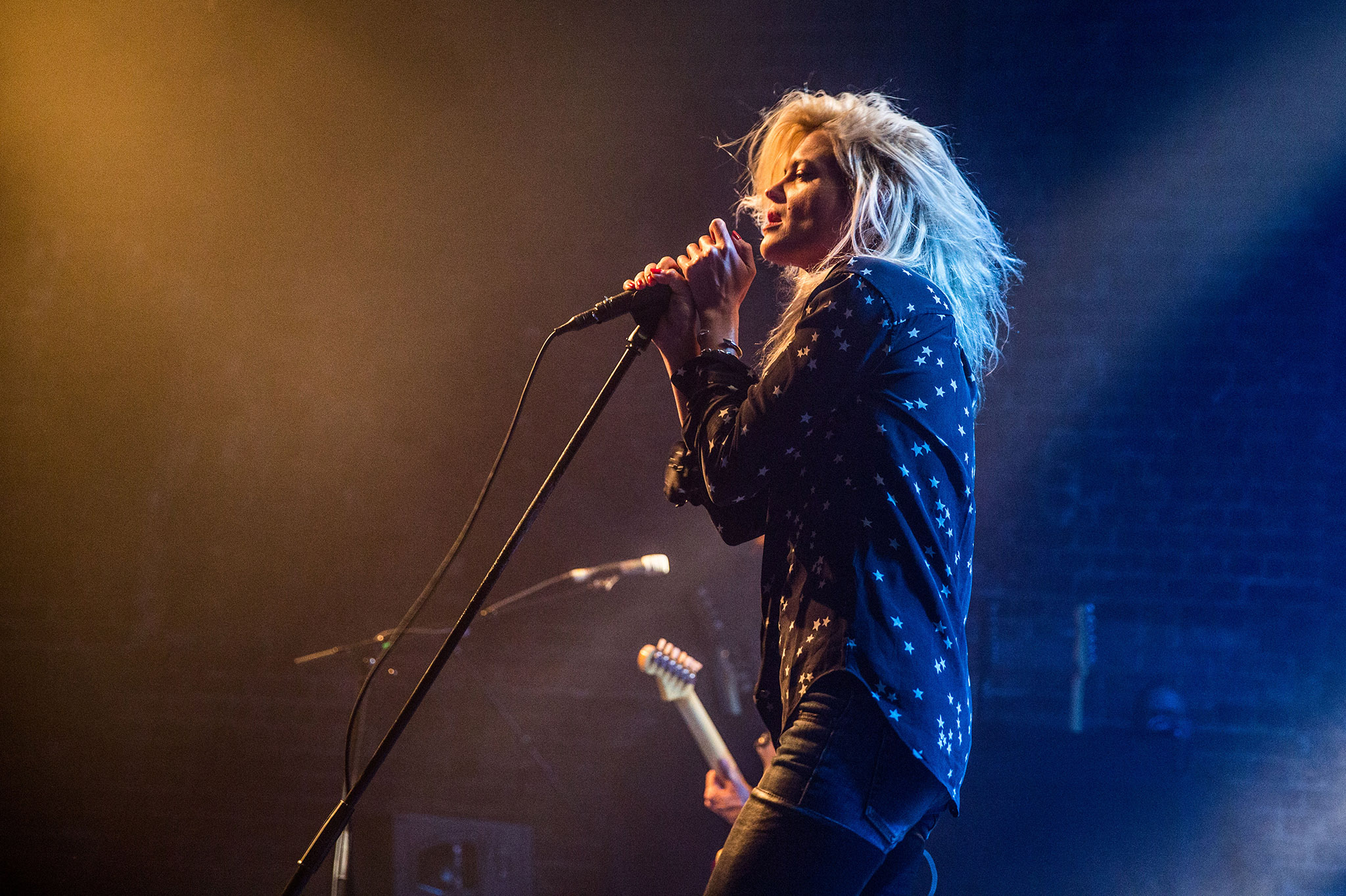 Watch The Kills perform 'Heart of a Dog' live