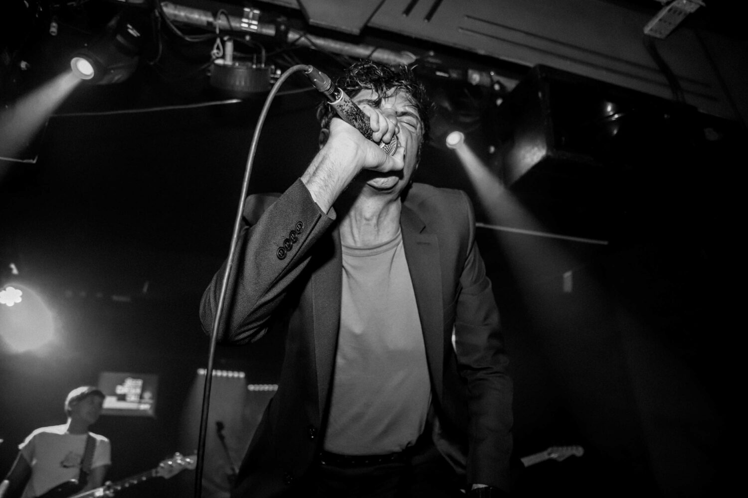 Watch LIFE perform 'Niceties' to Manchester's Night and Day Cafe for Jäger Curtain Call