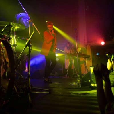 La Roux makes London live comeback