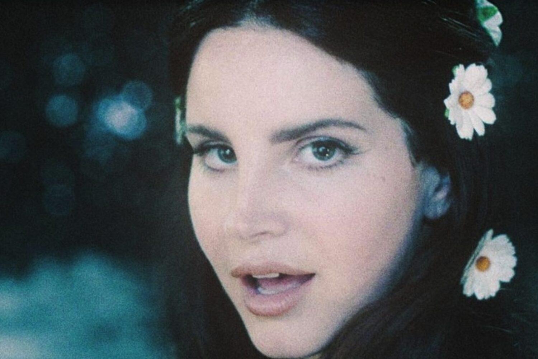 Lana Del Rey teases Miles Kane collaboration