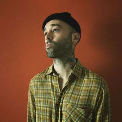 Laundromat shares new single 'Flat Planet'