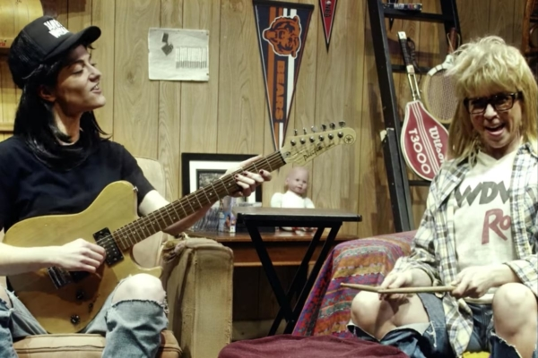Laura Jane Grace and the Devouring Mothers turn Wayne's World in video for 'I Hate Chicago'