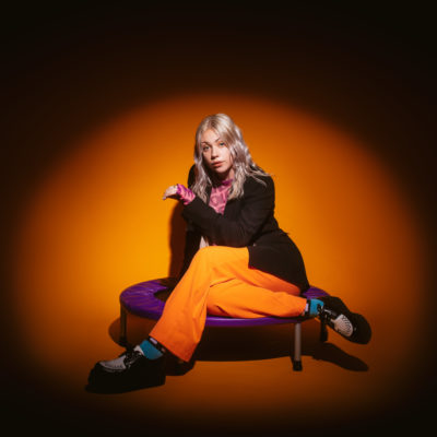 Lauran Hibberd covers 'Rockin' Around The Christmas Tree'