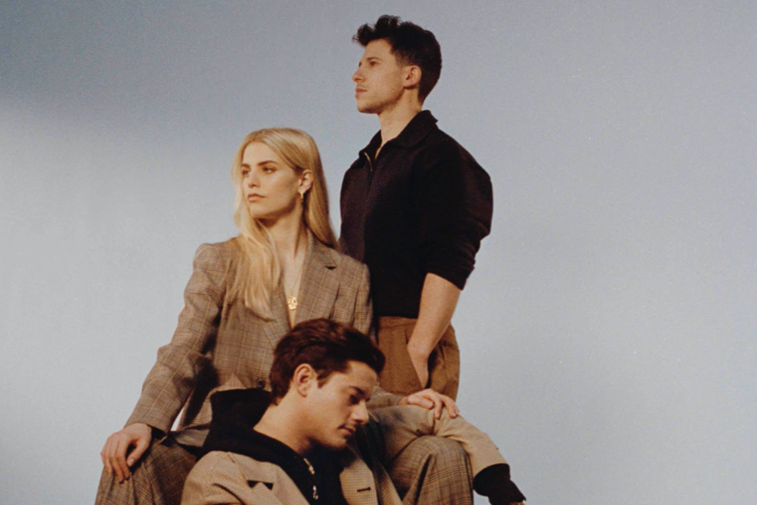 London Grammar return with 'Baby It's You'