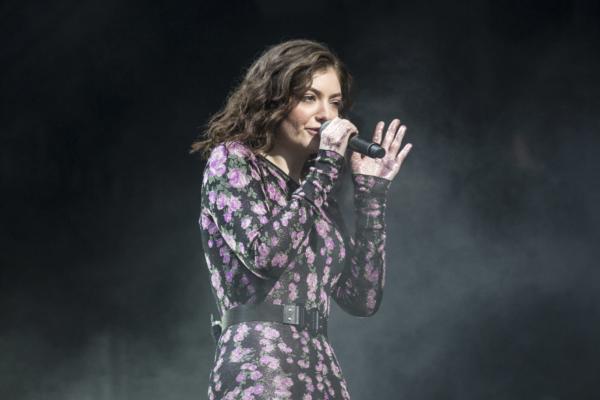 Lorde hints at piano-based third album