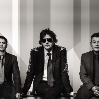 Manic Street Preachers share an acoustic version of 'Distant Colours'