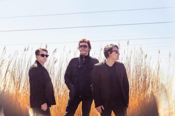 Manic Street Preachers announce new album 'The Ultra Vivid Lament'