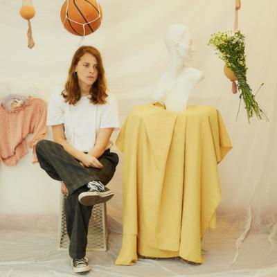 Marika Hackman unveils 'Any Human Friend' acoustic EP