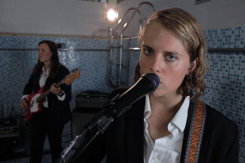 Marika Hackman releases live video cover of Sharon Van Etten's 'Jupiter 4'
