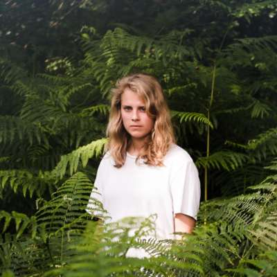 Marika Hackman joins alt-J at 6 Music Live to play 'Last Year'