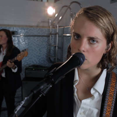 Marika Hackman releases live video cover of Sharon Van Etten's 'Jupiter 4'
