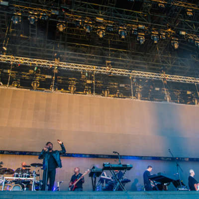 Massive Attack plot 'Mezzanine' arena shows