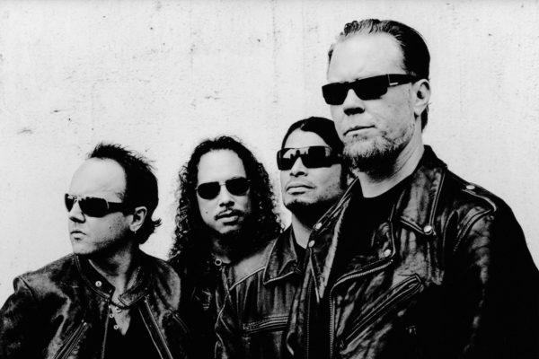 Metallica guitarist Kirk Hammett loses his phone full of riffs