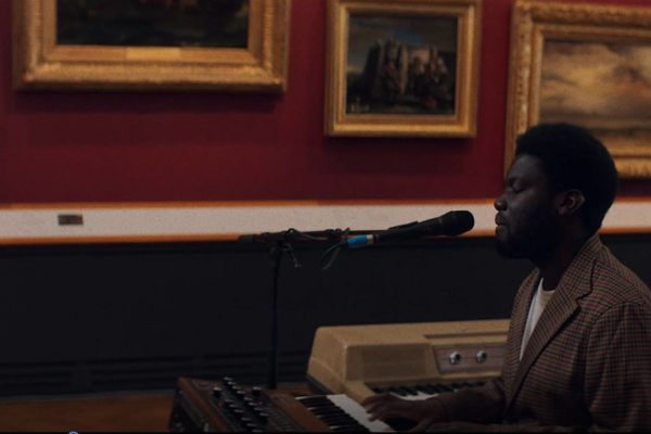 Michael Kiwanuka performs 'Solid Ground' at V&A Museum