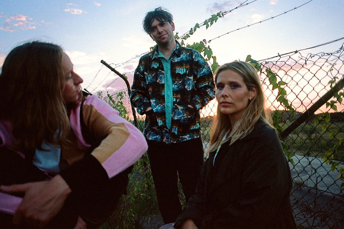 Middle Kids share new track 'Cellophane (Brain)'