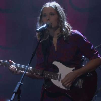 Watch Middle Kids perform 'Edge of Town' on Conan