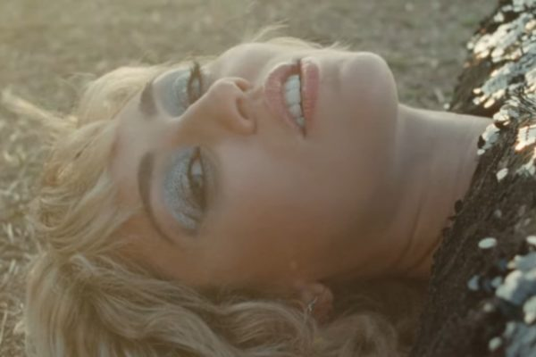 Miley Cyrus reveals 'Angels Like You' video