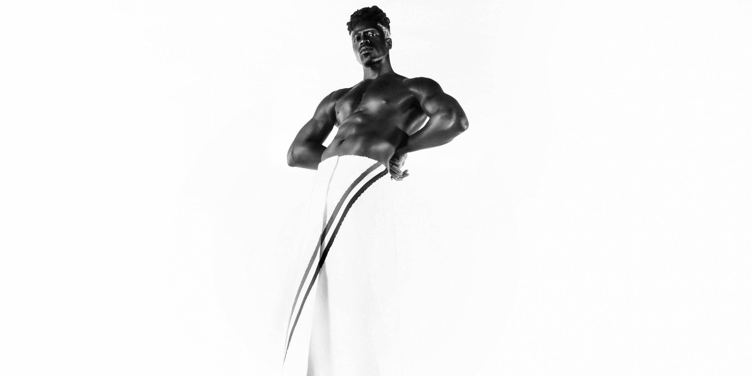 Moses Sumney unveils new song 'Monumental'