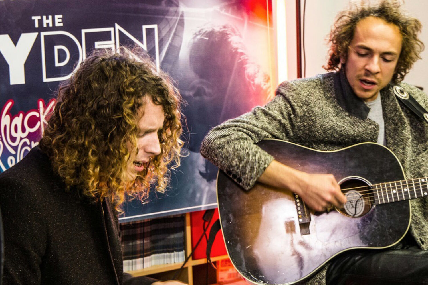 Watch Yuck & Mystery Jets perform at Jack Rocks The DIY Den at Hackney Wonderland