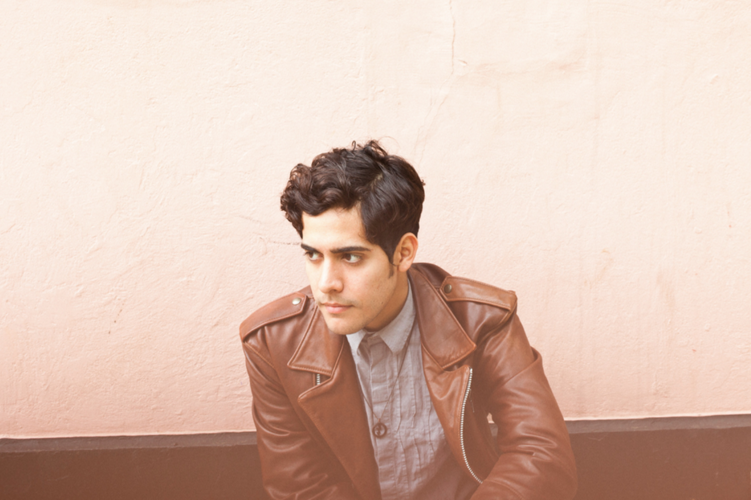 Neon Indian performs 'Annie' on The Tonight Show