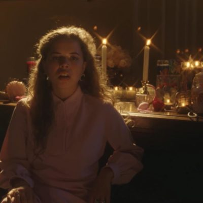 Nilüfer Yanya unveils new single and video, 'Heavyweight Champion of the Year'
