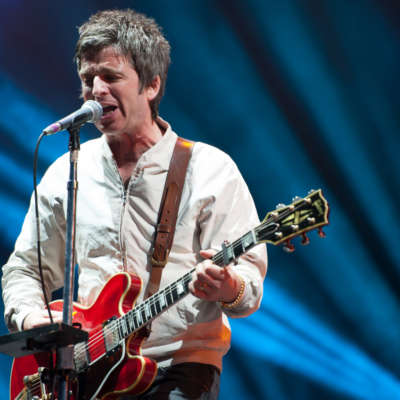 Noel Gallagher brings Latitude 2015 to a spellbinding close