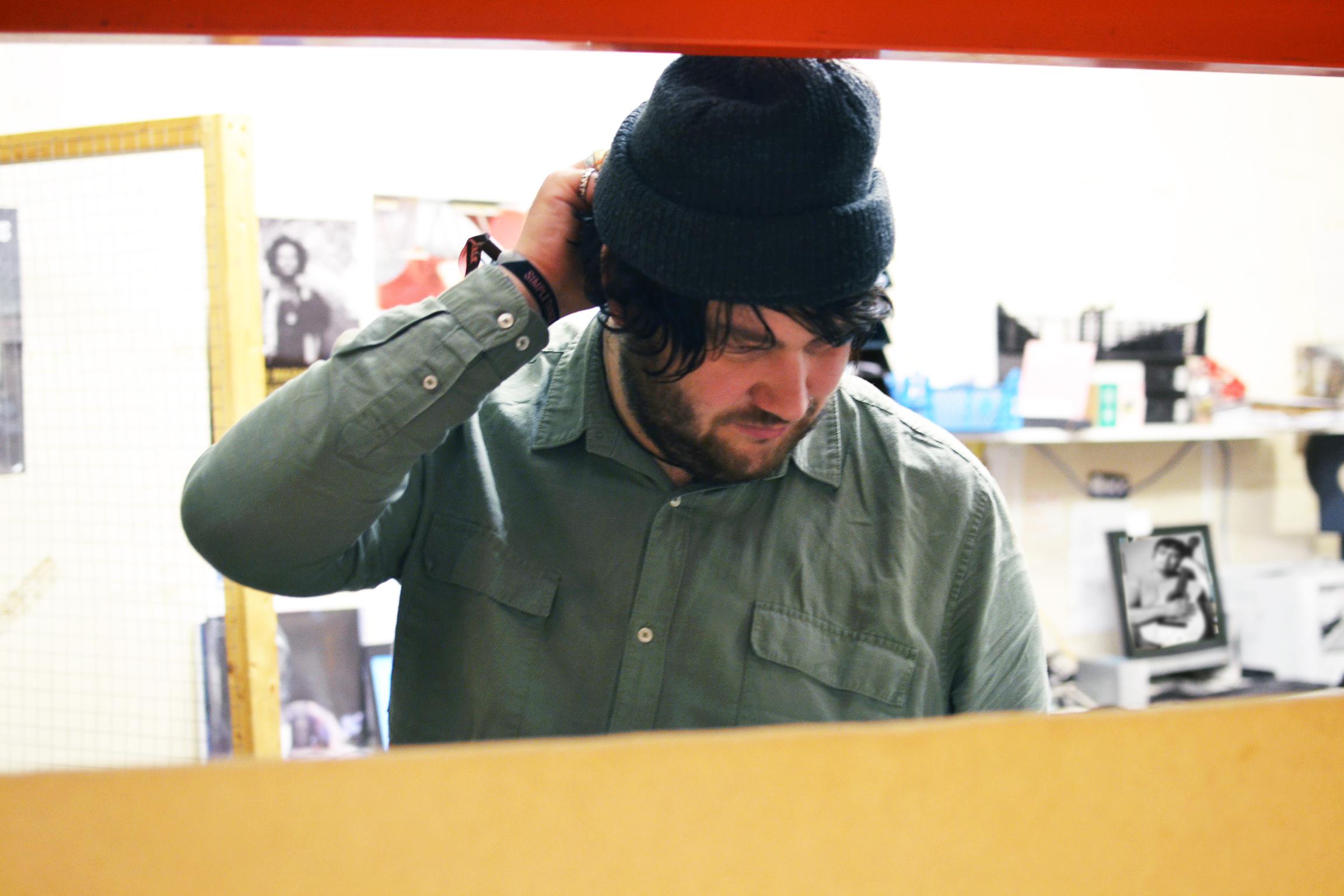 Listen to Oliver Wilde's brilliant new album 'Post-Frenz Container Buzz'